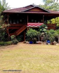 rumah kayu ala Manado